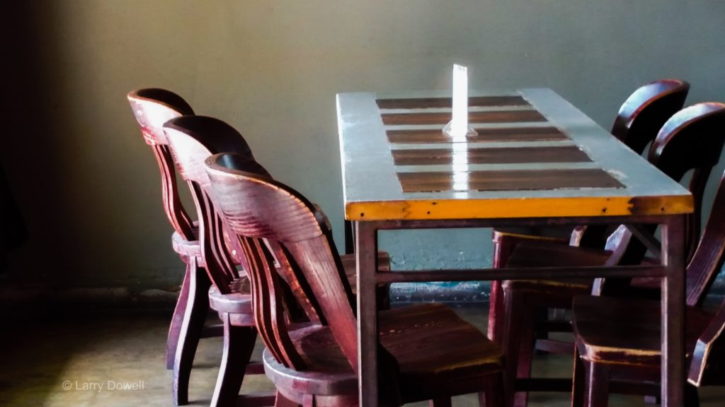 Table&Chairs&Sunlight